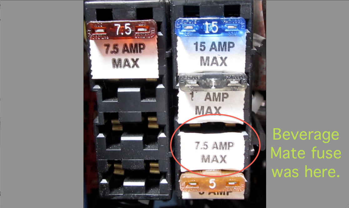 Auxilliary fuse block annotated.png