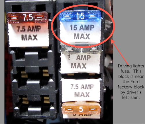 Auxilliary fuse block annotated 2.png