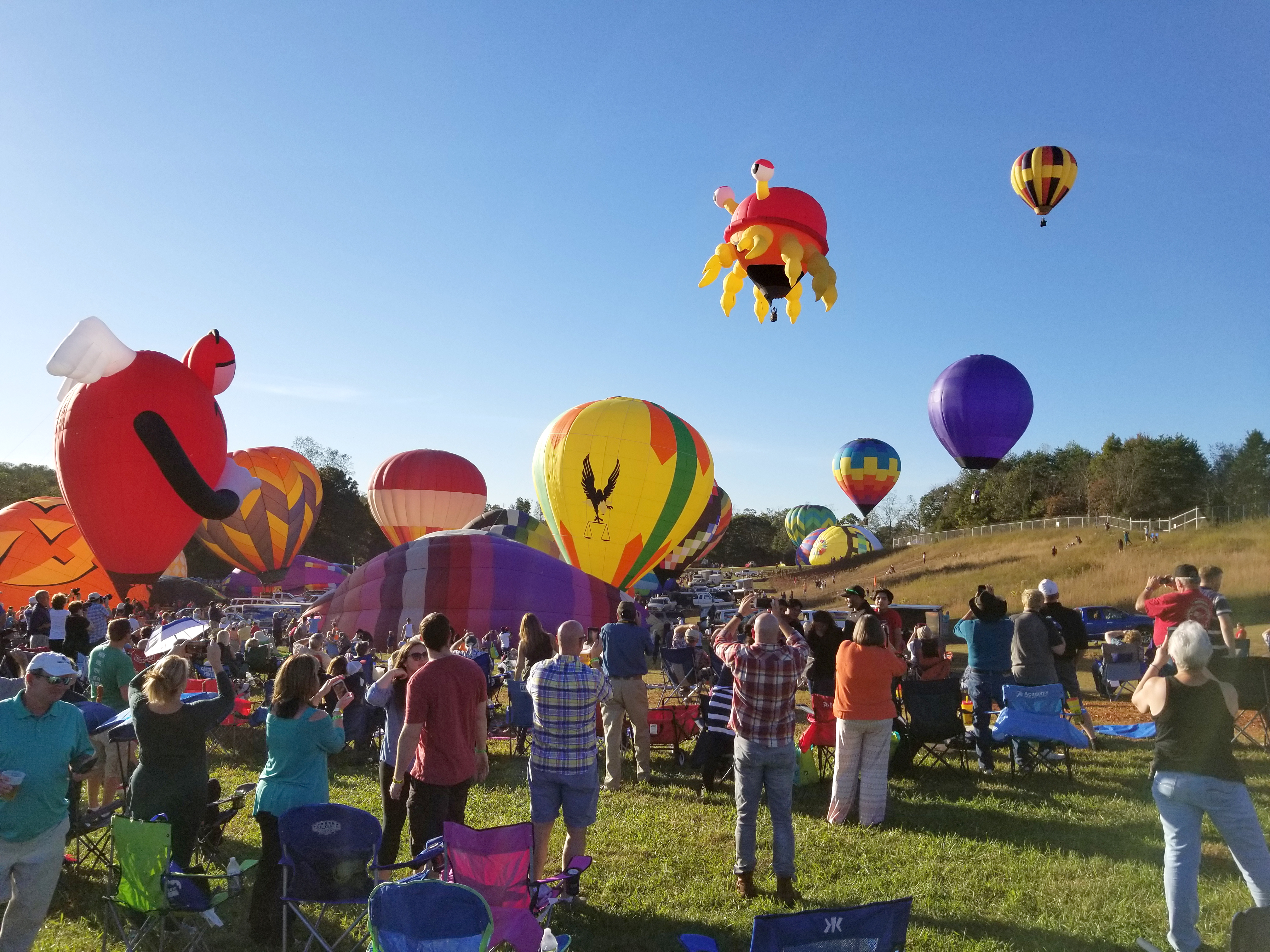 20171020_Chinook BalloonFest NC Characters.jpg